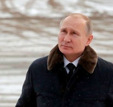 7 decisive factors that made Vladimir Putin the most powerful man in Russia