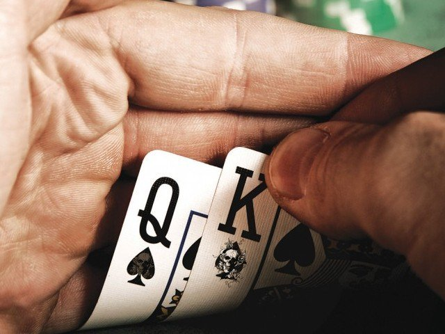 Man in India loses wife and children while gambling