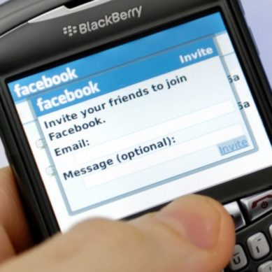 BlackBerry Sues Facebook