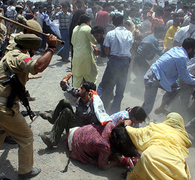 Indian atrocities continue in Kashmir during search operations