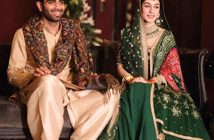 Pakistani bride dolled up, can surely never go unnoticed by the Indians!