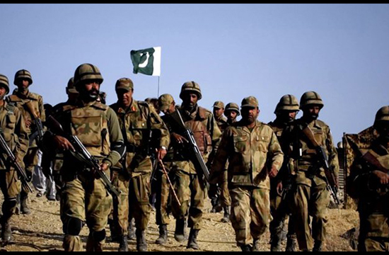 Pakistani, Indian troops to conduct first-ever military drills together