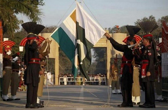 Pakistan hands over Indian citizen to BSF after year long captivity over Wagah Border dispute