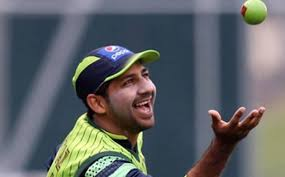 Sarfraz pitches in menial tasks: Cricket stars to clean up after themselves