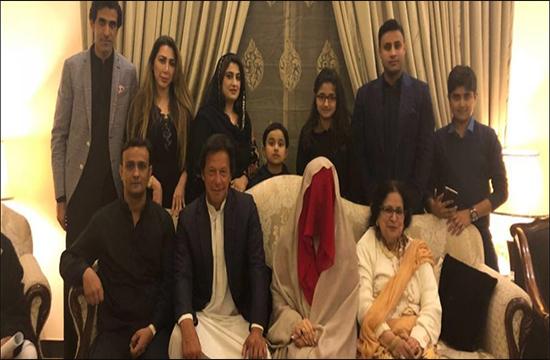 Till death do us apart: Khan rebuffs all rumors regarding his married life, blames PML-N