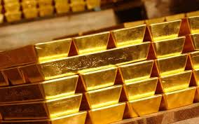Gold prices fall, hits 5-week low as dollar influences more than interest rates