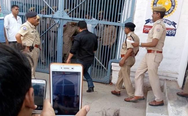 Qaidi # 106: Salman Khan starts his 5 years in prison