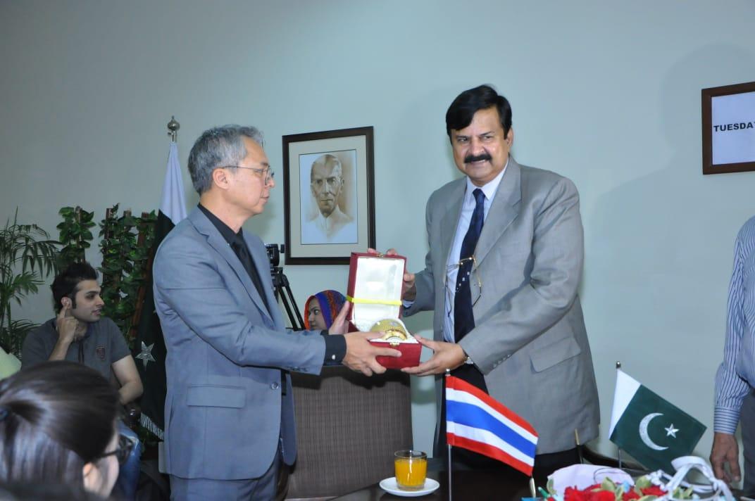 Alhamra & Thammasat University Signed MOU