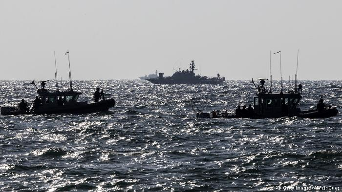 Israel begins construction of submarine barrier against Gaza