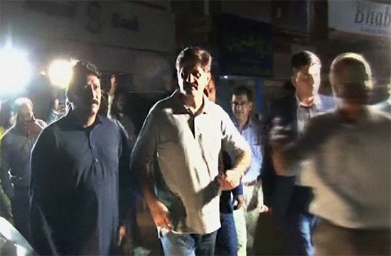 CM Murad Ali Shah on uncalled late-night spree to various areas of Karachi