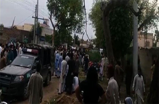 Attock: 1 killed, 7 injured during vehicle-attack