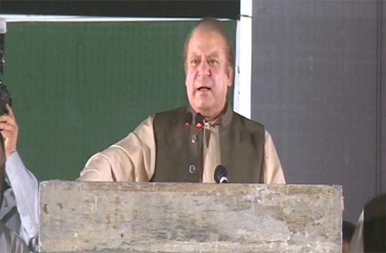 Forgotten favors: Nawaz mocks Khan
