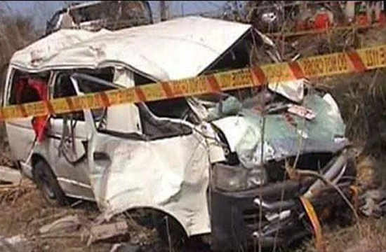 5 killed and 6 injured in a road accident as vehicle upturns