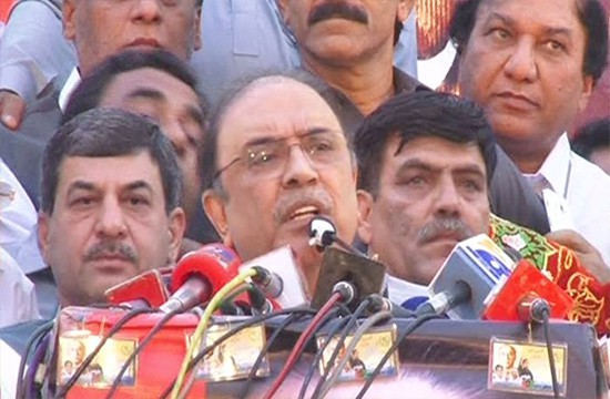Zardari accuses Nawaz Sharif for being in cahoots with establishment