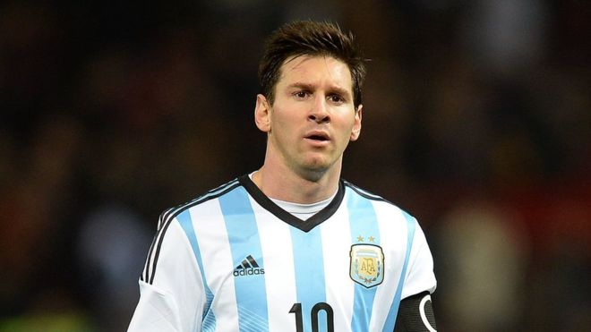 "Messi will play ""over the tombs"": the tough letter signed by Palestinian children for Argentina's top scorer"