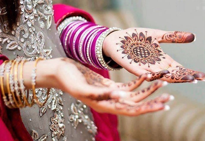 Best mehndi application spots: Sheer Mehndi magicians in K-Town –  Have a look!