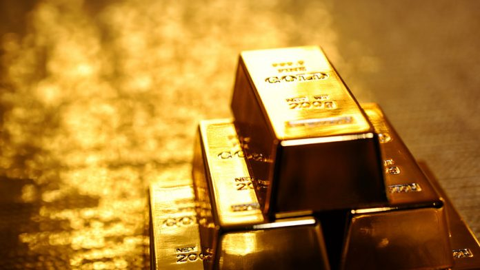 Gold inches up as euro gains against dollar
