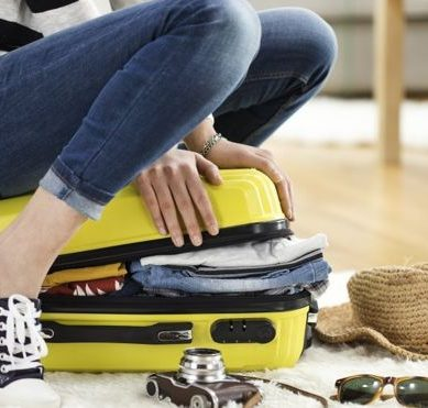 Ready for the holidays? Here are 10 tricks to pack as an expert