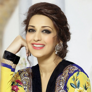 Sonali Bendre, 43, diagnosed with 'high grade cancer', actor chooses to stay optimistic towards life
