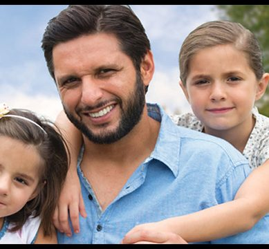 CUTE ALERT! Shahid Afridi's daughters voice their support for PTI