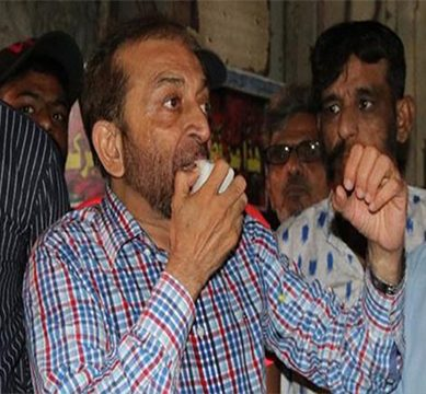 Farooq Sattar remains optimist as he hopes to reclaim in Karachi, opens up election office ahead of election