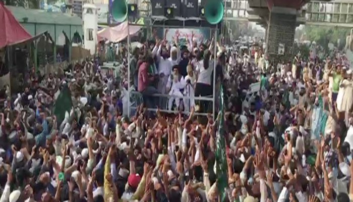 Protest staged by TLP against the blasphemous caricatures contest, rally set out from Lahore to Islamabad