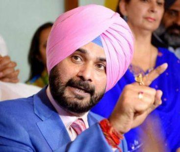 Navjot Singh Sindhu all set to attend Khan's oath-taking ceremony, arrives Pakistan