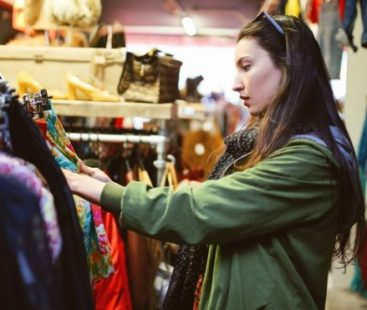 The advantages of renting clothes instead of buying them