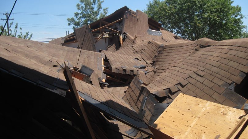 Hangu: Roof collapses due to rainfall, claims live of 4