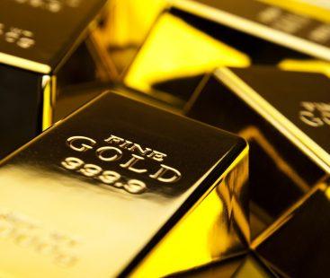 Gold hits high