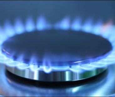 IMF and Ogra call for a hike in Pakistan's gas and power tariffs