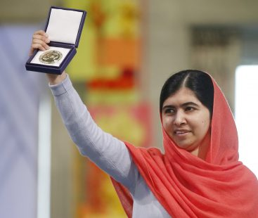 Malala Yousafzai to be awarded with Leadership Award for promoting girls education by Harvard University