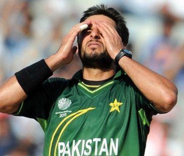 Public enraged at Shahid Afridi's controversial remark regarding Pakistan's Kashmir