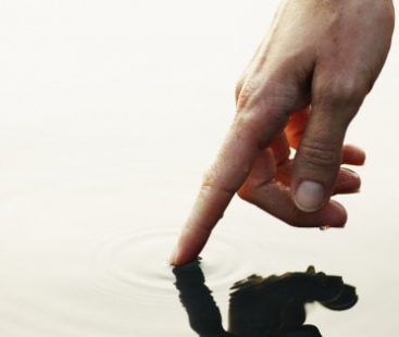 Artificial tactile sensor mimics human touch