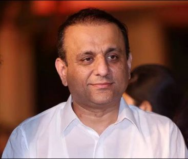 Senior Minister Punjab Abdul Aleem Khan reviews government's 100-day plan
