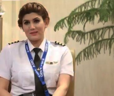 Maryam Mujtaba – PIA's first ever Kashmiri female pilot