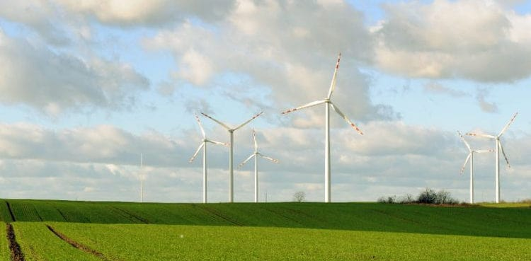 Poland shifts on wind ahead of climate meeting