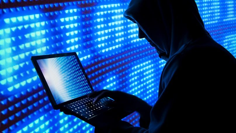 """FIA cyber-crime chief: """"data from almost all major Pakistani banks stolen"""""""