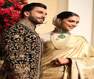 Deepika and Ranveer have stolen the limelight at their Bengaluru reception