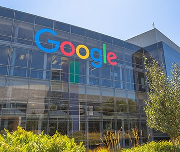Google accused of manipulation to track users