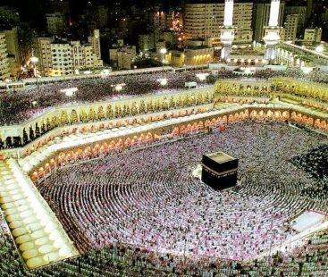 Pakistani pilgrims ace the list for performing Umrah this year