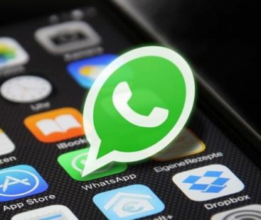 Saudi man prone to 40 lashes upon blackmailing and sending derogatory remarks to ex-wife over Whatsapp