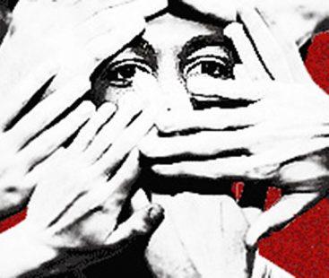 Journalists besiege Sharif in court over torture of cameraman