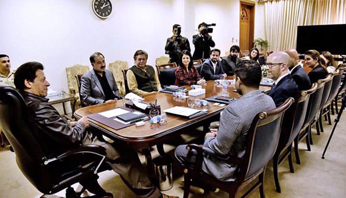 Cyber-fix: PM Imran Khan meets Facebook official to curb misuse of social media
