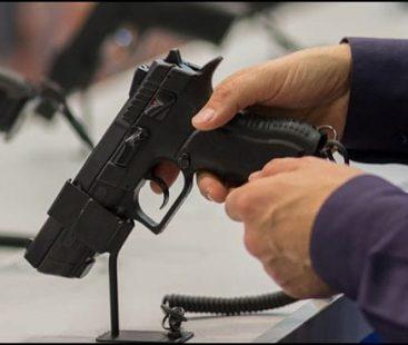 Paris: Fake guns create panic at airport