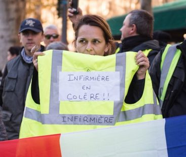 Damage to French economy mounts as 'Yellow Vest' protests continue