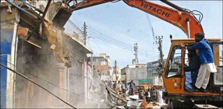 Anti-encroachment Drive: KMC razed off over 400 shops today