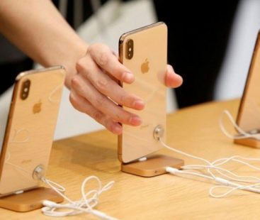 Apple slashes 10% production during 2019's first quarter