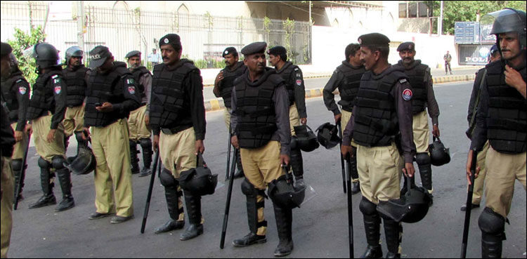 Sindh government to enact new police rules within 6 weeks