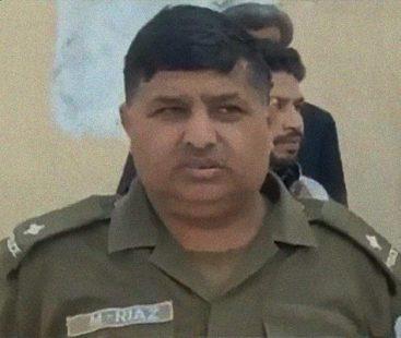 Police officer embraces martyrdom during drug-selling raid
